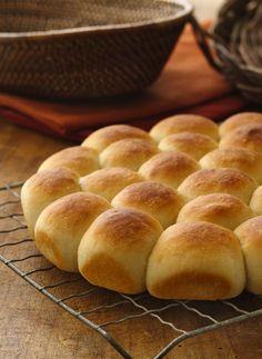 Homemade Bread Recipes with Yeast Elegant Homemade Pan Rolls Recipe From Betty Crocker Pan Rolls Recipe, Dinner Rolls Recipe, Roll Recipe, Potato Bread Rolls Recipe, Dinner Recipes, Naan, Bread Recipes, Cooking Recipes, Flour Recipes