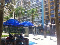 Praça Osório... Ok, ok, sei que os domos são roxos, mas ficou clara de mais e saiu azul... Sorry! Prometo tirar outra...