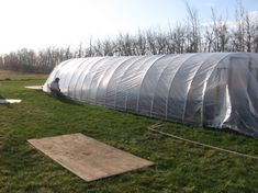 Tips on Planning as well as Building Your Home Greenhouse – Greenhouse Design Ideas Greenhouse Cover, Lean To Greenhouse, Greenhouse Plans, Cheap Greenhouse, Portable Greenhouse, Backyard Greenhouse, Serre Tunnel, Greenhouse Construction, Greenhouse Supplies