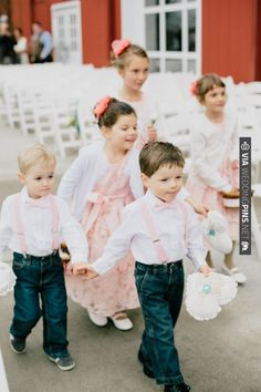 ring bearer & flower girl ideas | CHECK OUT MORE IDEAS AT WEDDINGPINS.NET | #weddings #flowergirls #ringbearers