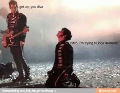 Gerard & Mikey Way - My Chemical Romance // Those side whiskers tho Emo Band Memes, Mcr Memes, Emo Bands, Music Bands, Emo Meme, Good Charlotte, Asking Alexandria, My Chemical Romance Memes, Sassy Diva