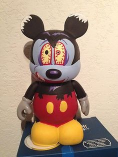 "CUSTOM DISNEY VINYLMATION 9"" RUNAWAY BRAIN MICKEY"
