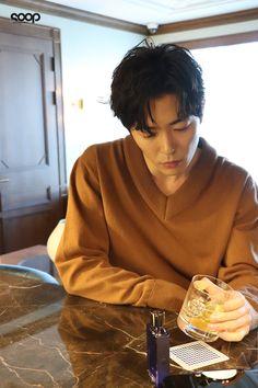 the more he gets older the more he gets sexier. Korean Wave, Korean Star, Korean Men, Asian Men, Handsome Actors, Hot Actors, Actors & Actresses, Lee Dong Wook, Kim Dong