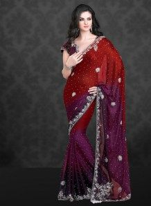 Buy Indian dresses online - the most fashionable Indian outfits for all occasions. Check out our new arrivals - the latest Indian clothes trending in Indian Sarees, Silk Sarees, Saris, Pakistani, Indian Attire, Indian Outfits, Desi Clothes, Classy Clothes, Indian Clothes