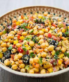 Seitan, Hummus, Quinoa, Food And Drink, Vegetables, Bulgur, Vegetable Recipes, Veggies