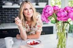 best-celebrity-mom-websites-2017-charmposh-molly-sims