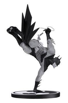 Batman Black and White Statue by Sean Murphy