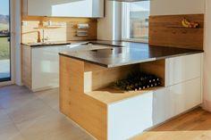 #Wildeiche echtfurniert, Leather Look und #Naturstein Kitchen Island, Design, Html, Home Decor, Decorating Kitchen, Natural Stones, Concept, Interior, Ad Home