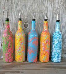 Resultado de imagem para garrafa indiana da cris feita com lápis de cera