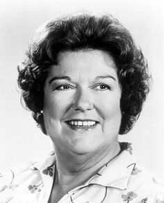 Peggy Rea    The character actress died Feb. 5 of congestive heart failure at age 89. Rea was best known for her TV work, playing Brett Butler's mother-in-law on Grace Under Fire and Olivia Walton's cousin, Rose, on The Waltons. She also appeared on The Dukes of Hazzard, Step by Step, I Love Lucy, Gunsmoke and MacGyver.