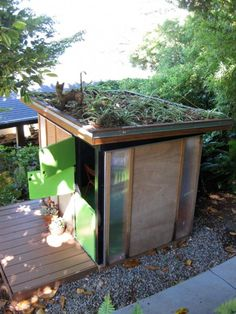 A Playhouse That's Kid Friendly Without Kitsch Gardenista