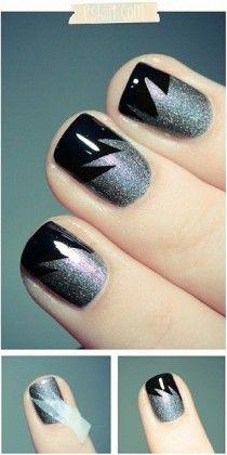 Zig Zag Nail Art - Glitter Nail Art