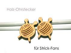 Holzohrstecker - Ohrstecker Wolle - ein Designerstück von SchmuckNatur bei DaWanda