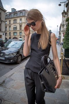 blackout moments. seriously chic. #CarolineBraschNielsen #offduty in Paris.