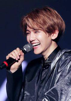 He has the most beautiful smile of exo I think and his hands... I'm in love with his hands