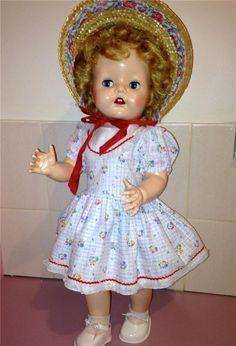 "STUNNING  22"" Hard Plastic Vintage Pedigree Walking Doll in ORIGINAL Clothes !"