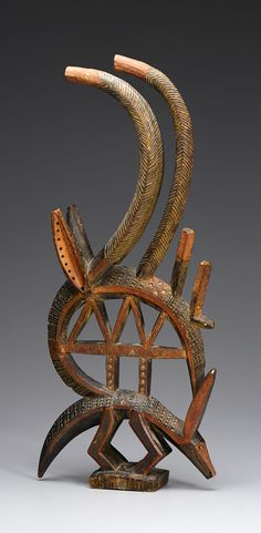 Africa | 'Chiwara'; Antelope headdress from the Bamana people of Mali | Wood and pigments | ca. 1960s or earlier