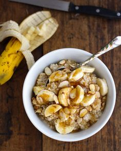 Steel cut oats and bulghur with honey, almonds, and bananas -- made in a rice cooker
