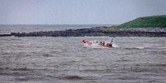 Skerries RNLI responds to kite surfer in distress In Distress, Kite, Dublin, Boat, Dinghy, Dragons, Boats, Ship