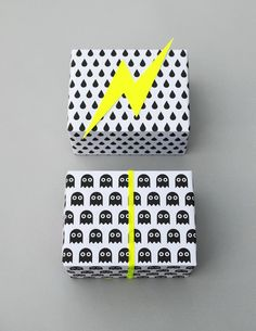 gift wrapping - black, white and yellow