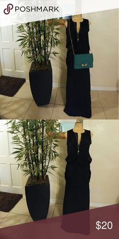 Dress A a beautiful long dress. black attire light Weight Dresses