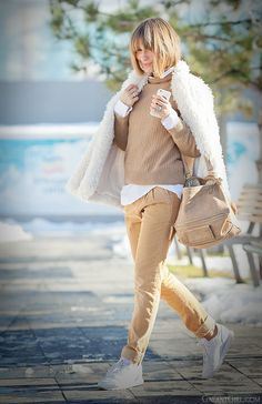 camel outfit on GalantGirl.com, galant girl, camel colors outfit, neutral colors of outfit,