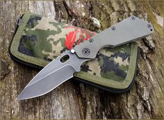 Strider Gallery - Post your Strider pix here! - Page 292 - Usual Suspect Forums Cool Knives, Knives And Tools, Knives And Swords, Folding Pocket Knife, Folding Knives, Tactical Knives, Tactical Gear, What Is Edc, Everyday Cutlery