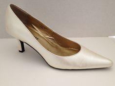 Colin Stuart Shoes Womens Size 8.5 M Pearl Pumps Classic Heels 8 1/2 #ColinStuart #PumpsClassics #WeartoWork
