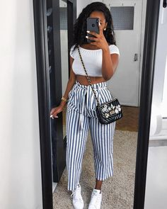 Today we are present to you some trendy collection of casual outfits which are beautiful which you can steal there styles while hanging with friends and spouse during the weekend . Cute Casual Outfits, Chic Outfits, Spring Outfits, Girl Outfits, Fashion Outfits, Black Girl Fashion, Look Fashion, Ladies Fashion, Trendy Fashion