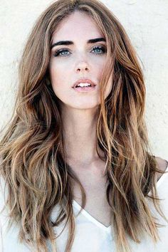 The official website of The Blonde Salad: online shop, photo, video by Chiara Ferragni. Brown Blonde Hair, Brunette Hair, Rose Blonde, Blonde Layers, Dark Blonde, Hairstyles With Bangs, Pretty Hairstyles, Fringe Hairstyles, Hair Day