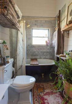 As these clever homeowners have proven, tiny bathrooms are far from inferior. By implementing efficient solutions, awkward and small spaces can also be functional and beautiful.