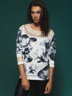 #answear.com #linited edition #sweatshirt #woman #fashion