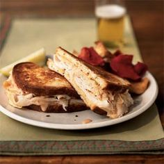 Turkey Reuben Sandwiches - Smoked turkey stands in for corned beef in this lightened variation of a deli favorite. Serve with a pickle wedge and chips. Food: Recipes: Sooner than Later (CTS) Easy Turkey Recipes, Easy Sandwich Recipes, Healthy Sandwiches, Turkey Sandwiches, Soup And Sandwich, Sandwich Ideas, Dinner Sandwiches, Reuben Sandwich, Corned Beef