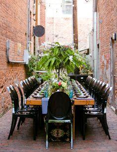 Back alley reception. Set Free Photography #greenweddingshoes