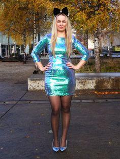 Hosiery – Gardening Tips Tight Dresses, Sexy Dresses, Short Dresses, Dress Skirt, Bodycon Dress, Sequin Dress, Pantyhose Outfits, Black Pantyhose, Cozy Fashion