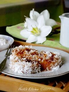 HESTI'S KITCHEN : yummy for your tummy: Kue Lopis