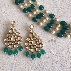 We absolutely love this elegant and pretty set of earrings, in a gorgeous design with shiny green stones and kundans. By Ra Abta, available at Minerali. Indian Wedding Jewelry, Indian Jewelry, Ethnic Jewelry, Jewelry Art, Traditional Indian Jewellery, Green Stone, Jewelery, Beaded Bracelets, Bling