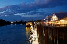 ... ... #California #Sacramento #OldSac #skyline #cityscape #dusk #CrabShack #DeltaKing #OldSacMeet #GoodTuesdayz #latergram #seedifferent #VSCO #VSCOcam #igerssac #scoutsac #downtownsac #visitsacramento by vincibleman