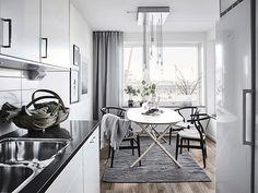Ikea 'Dalshult/Slähult' dining table