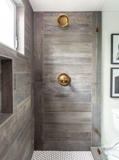 40 awesome farmhouse shower tile decor ideas - Page 23 of 40 - Fathinah Decor Rustic Master Bathroom, Wood Bathroom, Bathroom Ideas, Farmhouse Bathrooms, Bathroom Remodeling, Modern Bathroom, Kohler Bathroom, Tile Bathrooms, Brown Bathroom