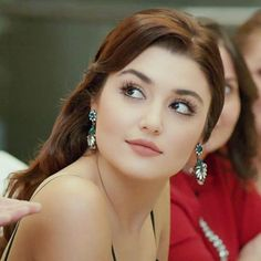 Find Valuable Skin Care Tips To Use – Toshirovo Beauty Beautiful Girl Photo, Beautiful Girl Indian, Beautiful Indian Actress, Beautiful Couple, Beautiful Muslim Women, Beautiful Celebrities, Beautiful Actresses, Cute Beauty, Beauty Full Girl