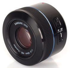Les meilleurs objectifs photo selon les TIPA Awards 2013 : Samsung 45mm f/1.8 - Meilleur objectif innovant