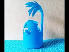 Reuse Plastic Bottles, Plastic Bottle Flowers, Glass Bottle Crafts, Plastic Bottle Crafts, Recycled Bottles, Pvc Pipe Crafts, Tin Can Crafts, Diy Crafts For Gifts, Recycled Crafts