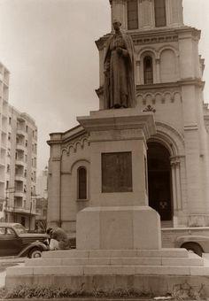 Largo Santa Cecília - Monumento a Dom Duarte Leopoldo e Silva, abril de 1953