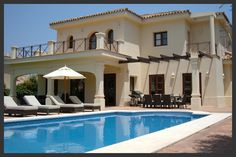 Tres Palmeras is a modern, spacious, architecturally designed villa - San Roque Vacation Villas, Swimming Pools, Real Estate, Smoke, Mansions, Luxury, House Styles, Modern, San