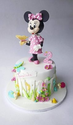 Birthday Minnie mouse cake by Patrycja Cichowlas