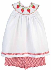 Orient expressed smocked Strawberry Shorts outfit- perfect for summer for my princess!