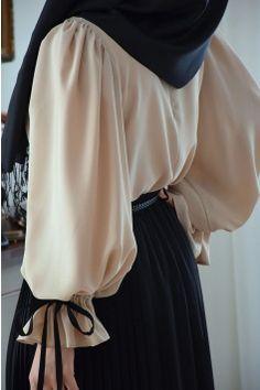 Modest Fashion Hijab, Modern Hijab Fashion, Modesty Fashion, Hijab Fashion Summer, Muslim Fashion, Fashion Dresses, Fancy Dress Design, Stylish Dress Designs, Iranian Women Fashion