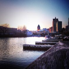 Milwaukee at dusk. Photo by Cesar Gomez. Milwaukee Lakefront, Places In America, Amazing Architecture, Wisconsin, New York Skyline, City, Dusk, Random Things, Travel Guide