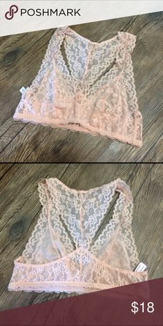 Peach lace bralette VS 🌸NO trades ✨offers considered only through the offer option 💖bundle and 💲AVE Victoria's Secret Intimates & Sleepwear Bras